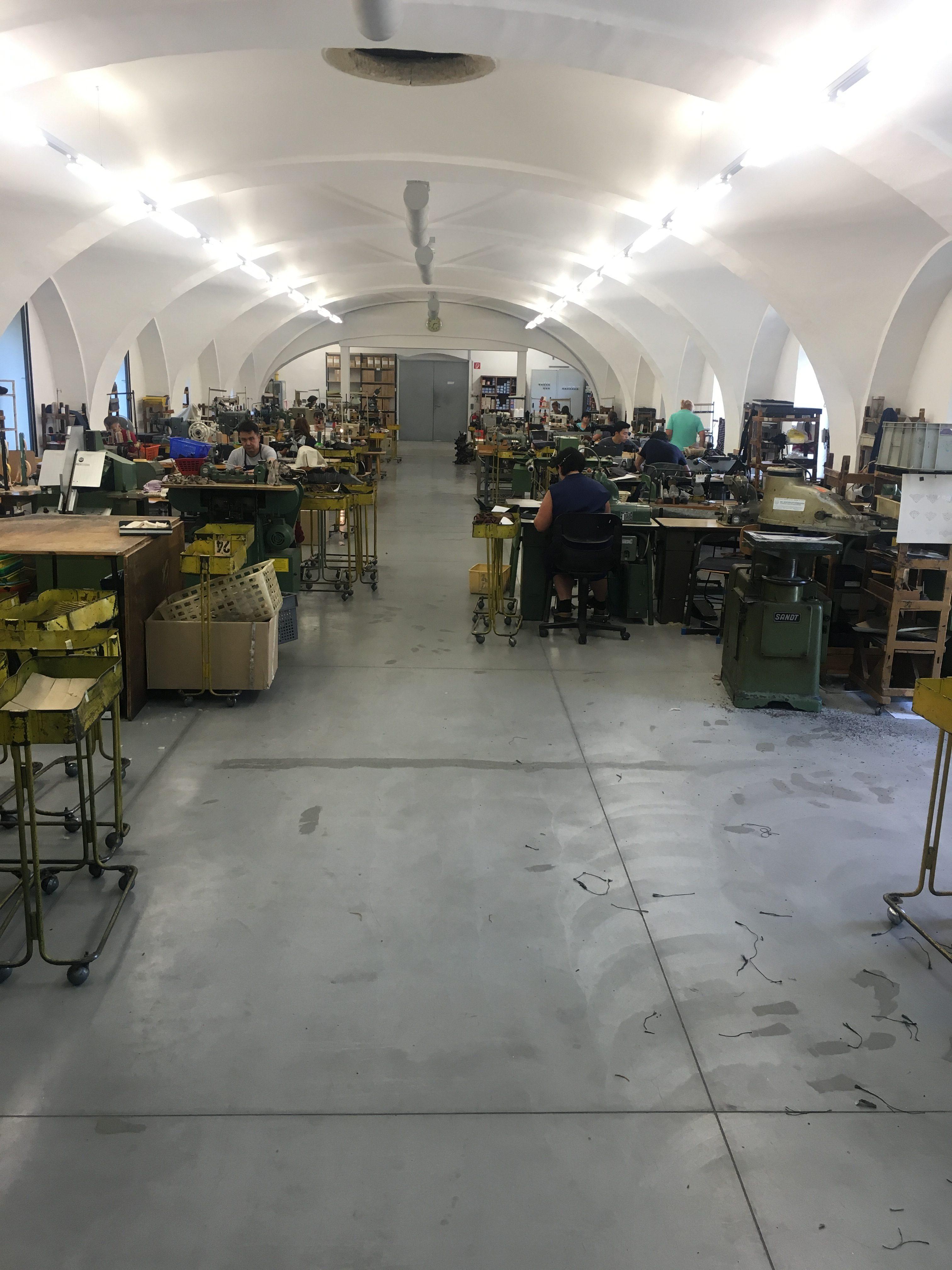 Handcrafted Hankge Ludwig Reiter Schuhmanufaktur