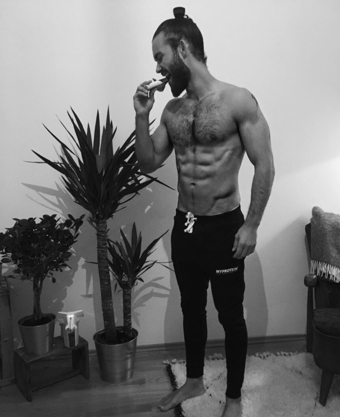 Hank Ge, Hank_ge, abs are made in the kitchen, lean, fitness tips, crossfit , fitness blog , male blog, fashion blog, superfood, ripped, shredded, mcfit, myprotein