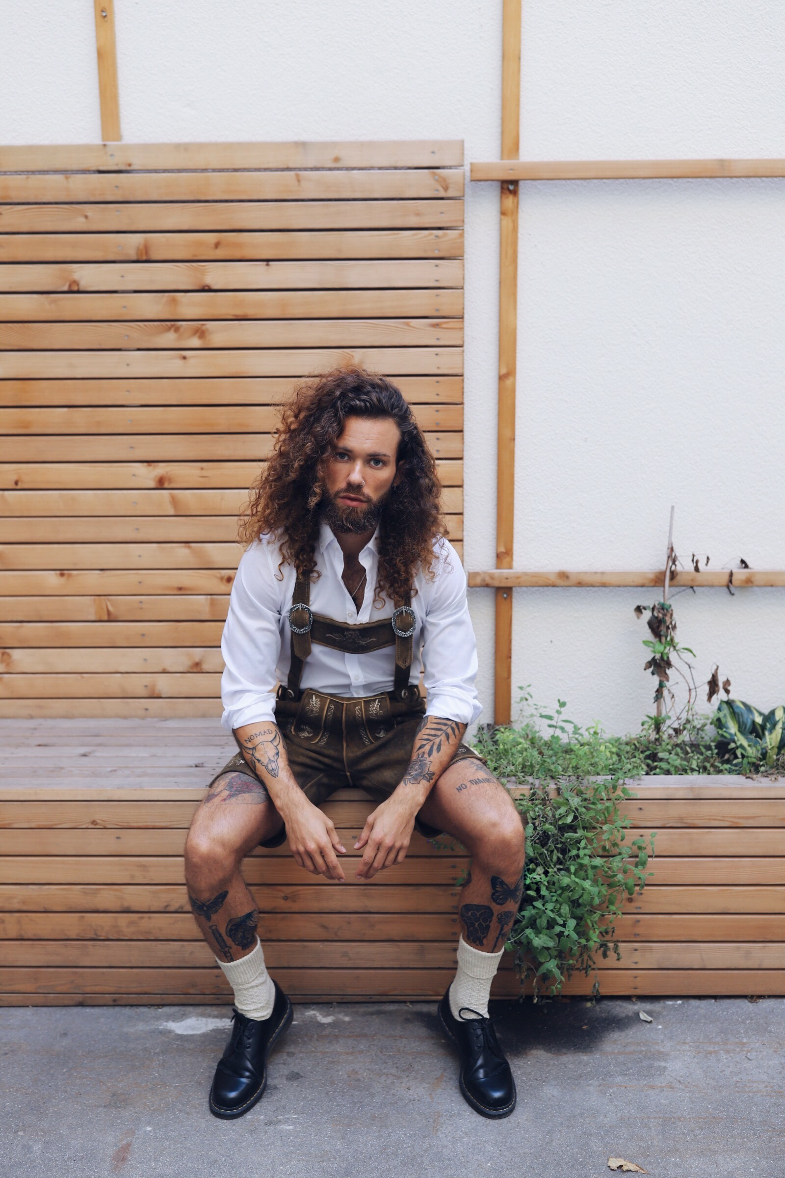 Vienna blogger, men blogger, man bun, manbun, hipster, man blogger, Vienna model, manbun model, manbun inspiration, manbun and beard, bohemian style, festival style man, bohemian style man
